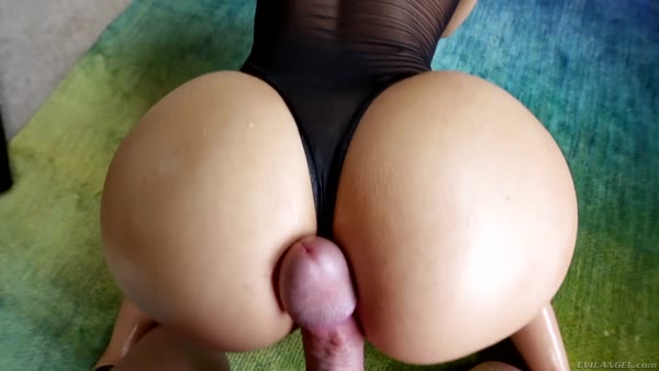 POV sex with a cock of Syrian girl