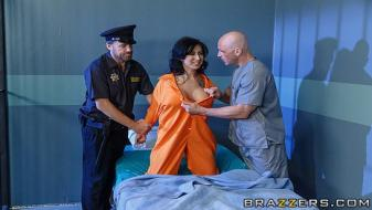 Brazzers - Dirty Masseur - Jailhouse Fuck Four