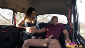 Fakehub - Femalefaketaxi - Fit taxi driver rides cock like a pro