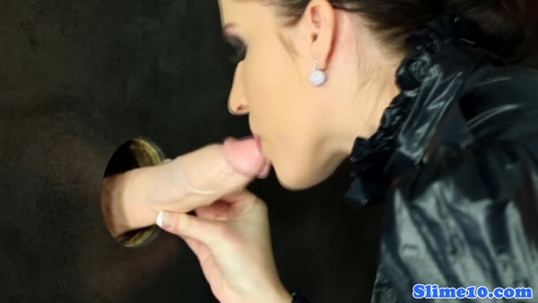 Hot chick at the gloryhole pounded her mouth with facial