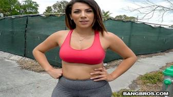 BangBus – Valentina Jewels – 19 y.o. With Huge Ass Rides On The Bus