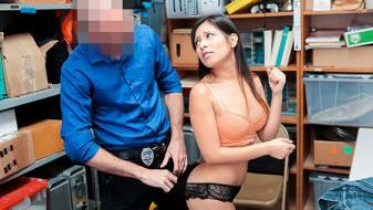 Shoplyfter – Jasmine Gomez – Case No. 7894885