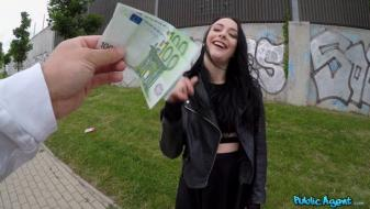 Fakehub - Publicagent - British Babe Gets Creampied Outdoors