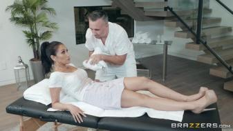 Brazzers - Dirty Masseur - The Oil Spill