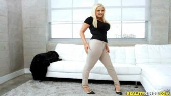 Realitykings - Monster Curves - Curves And Head