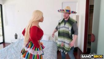 Luna Star, Sam Shock