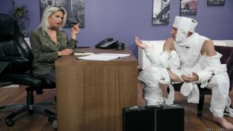 Brazzers - Big Tits at Work - The Office Mummy